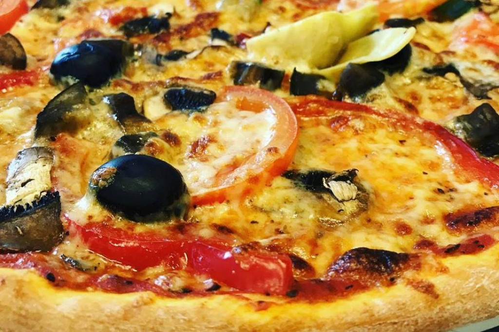 Castello Restaurang & Pizzeria